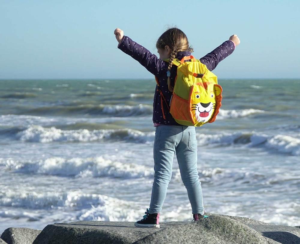 overboard-kids-waterproof-backpack-11-litres-lion-yellow..jpg